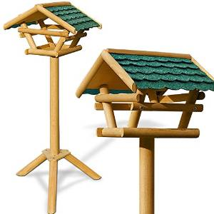 Vogelhäuser mit Holzständer